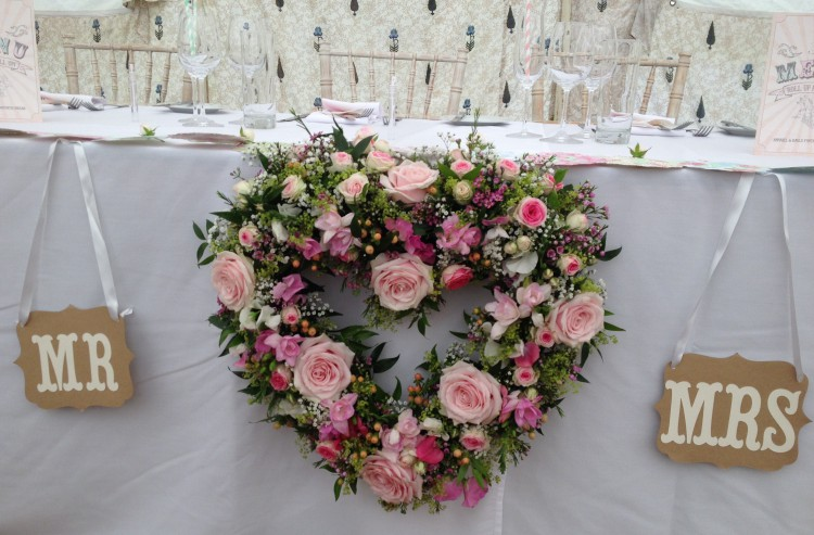 top table heart wreath