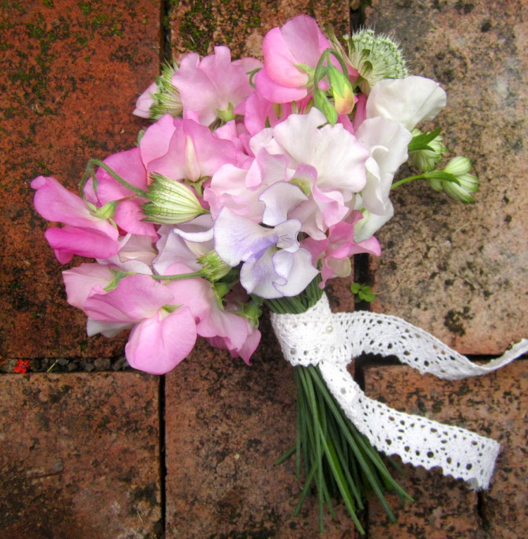 sweetpea bouquet