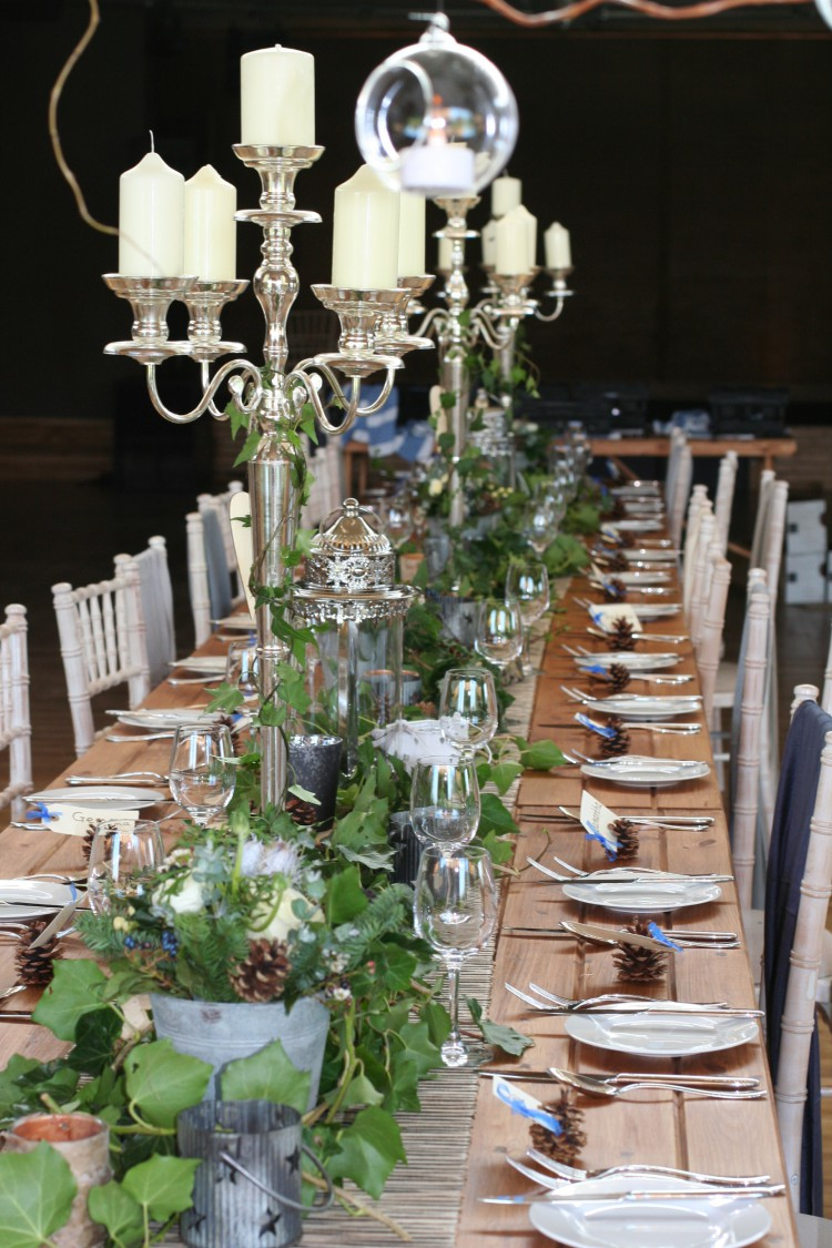 rustic winter wedding table