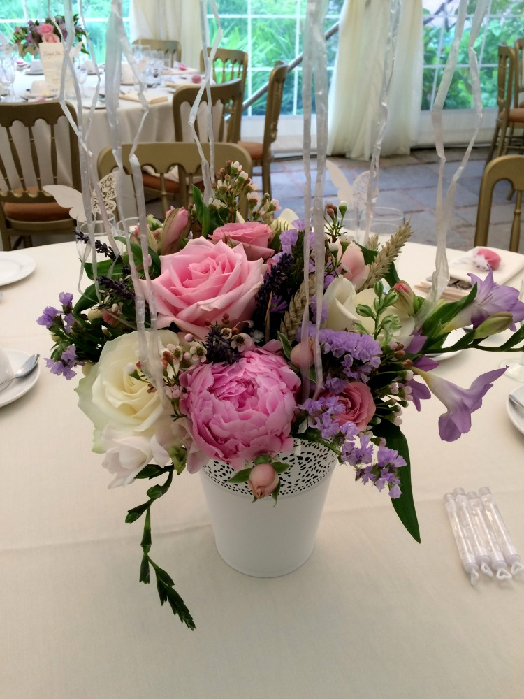 rose and peony table centre