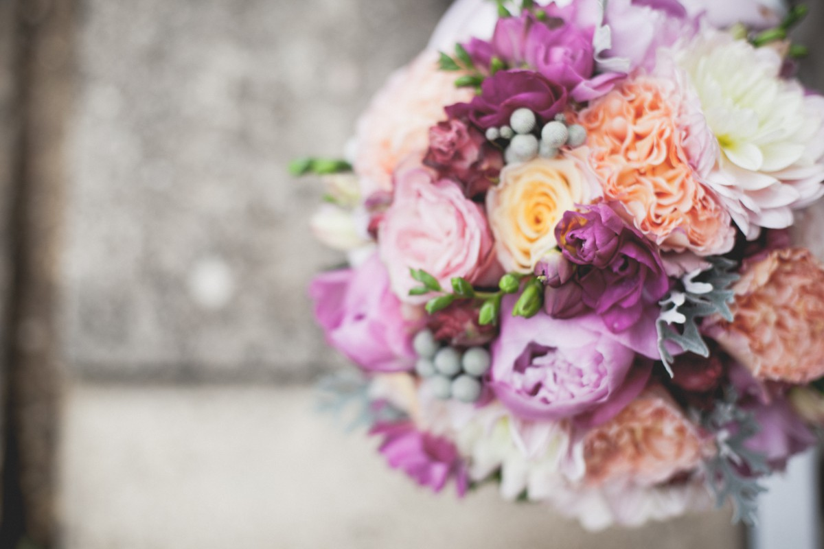 pink and peach brides bouquet