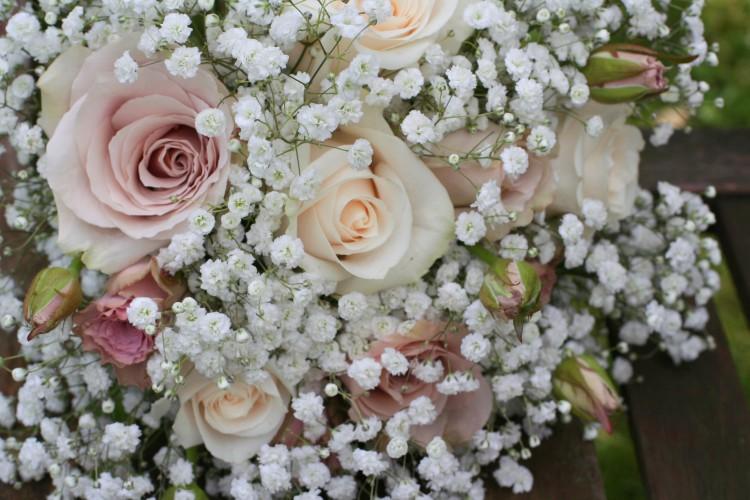 rose and gypsophila bridesmaid bouquet