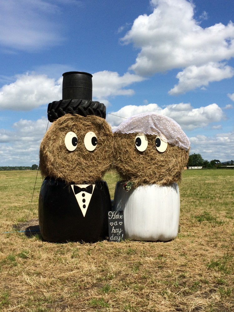 hay bale bride and groom