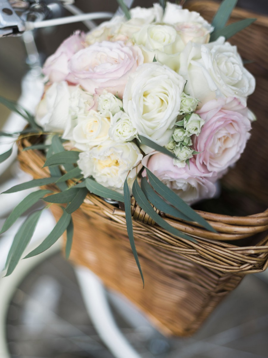 blush pink and ivory garden rose brides bouquet