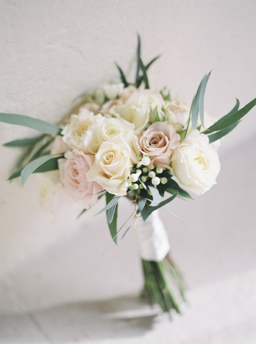 classic rose bridesmaids bouquet