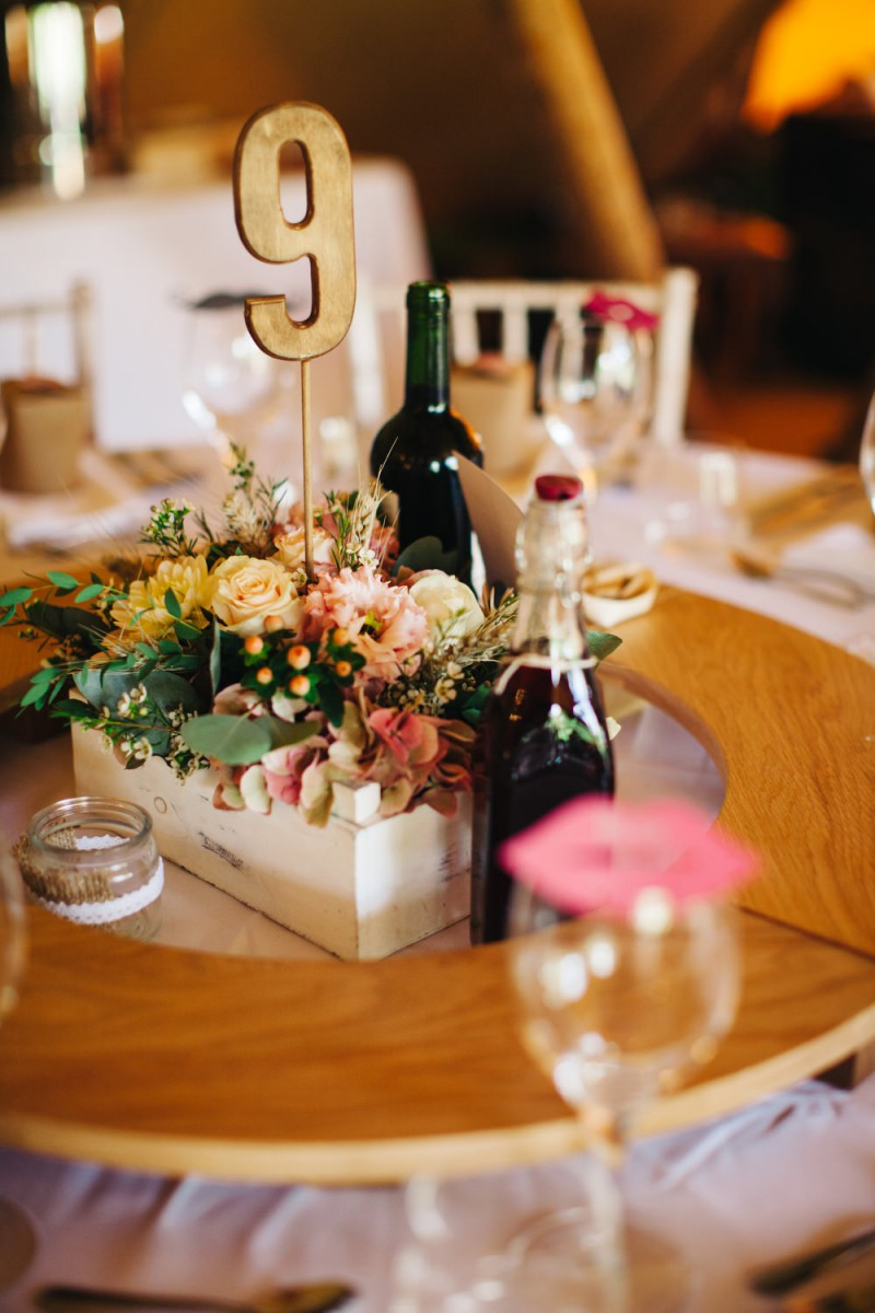 rustci wooden box table centre flowers