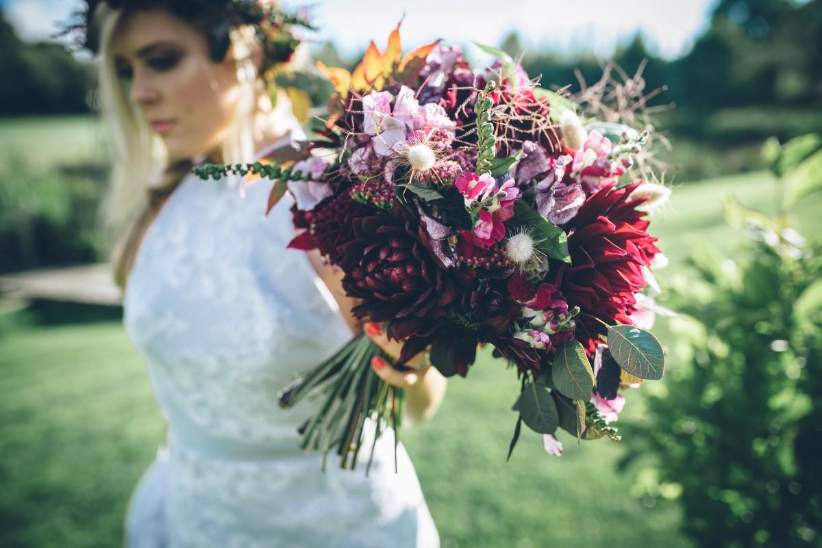 boho brides bouquet
