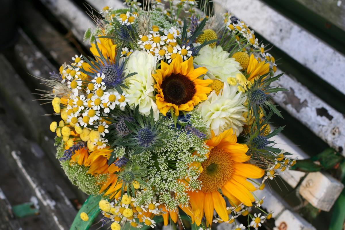 sunflower brides bouquet