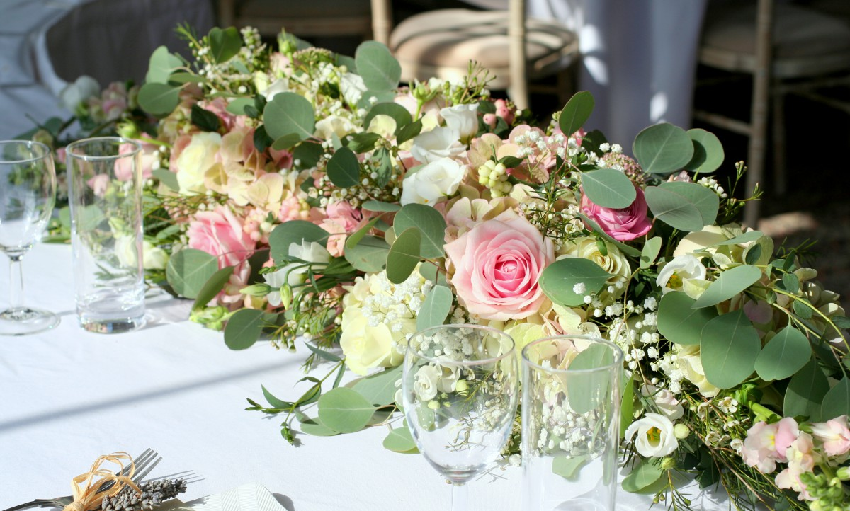 top table wedding flowers at Homme House