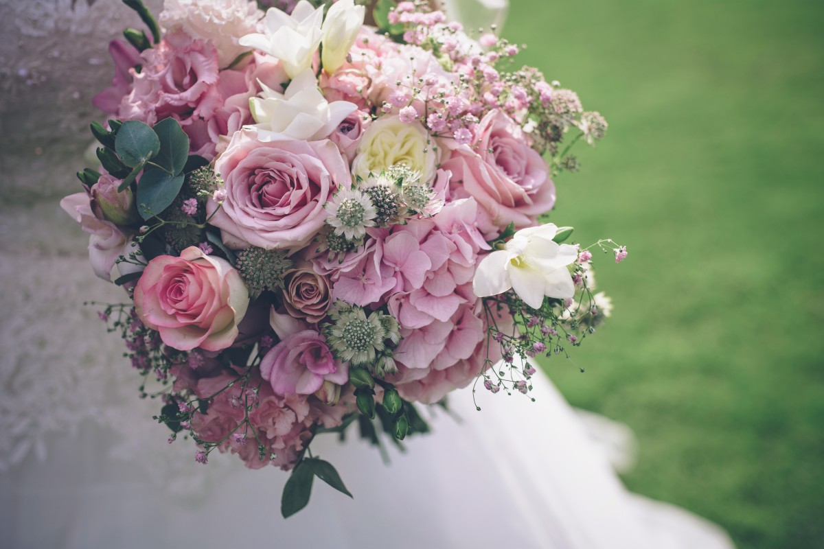 Lyde Arunel wedding flowers brides bouquet
