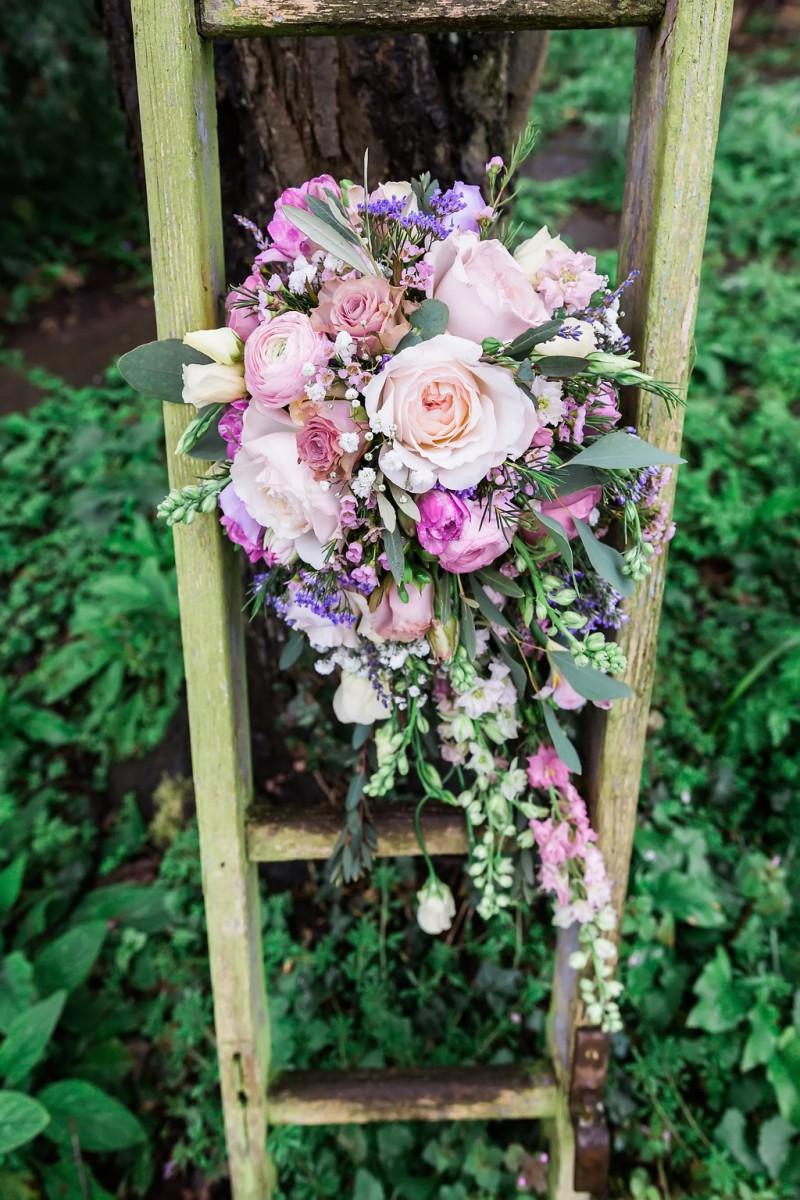 pastel rose brides bouquet