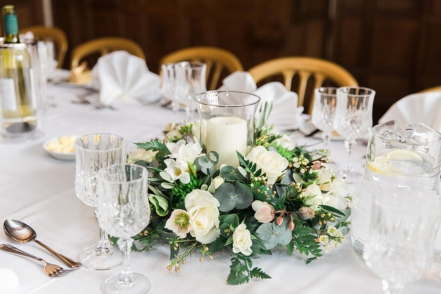 winter wedding table centre arrangement