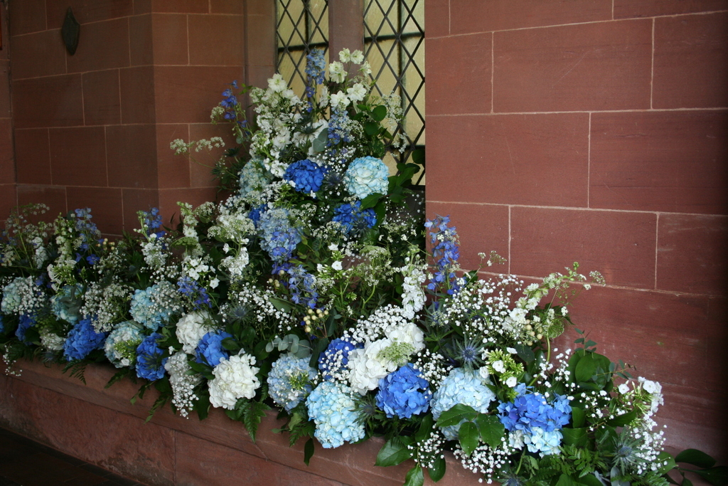entrance flowers with the wow factor for the church porch