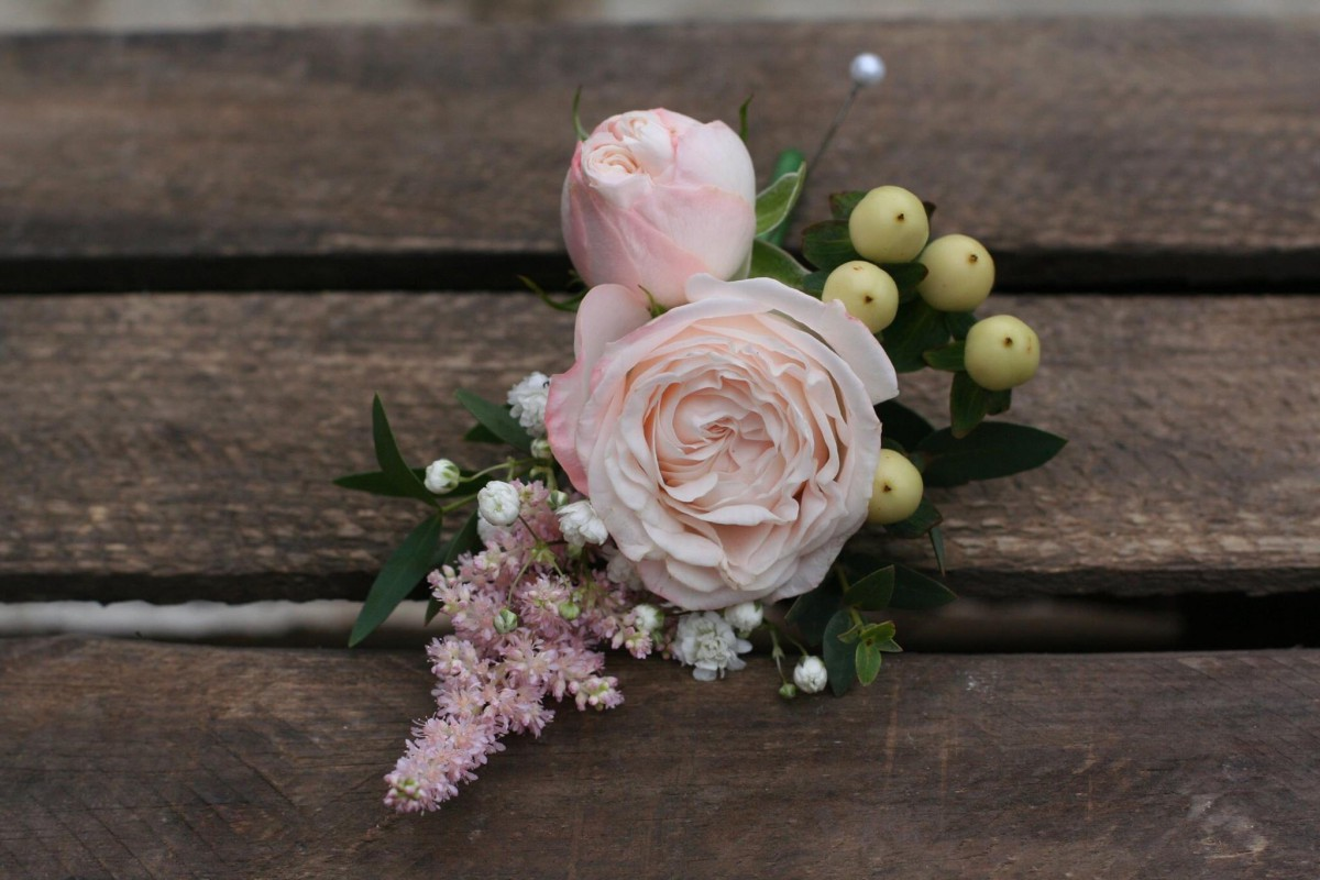 grooms buttonhole with bombastic rose