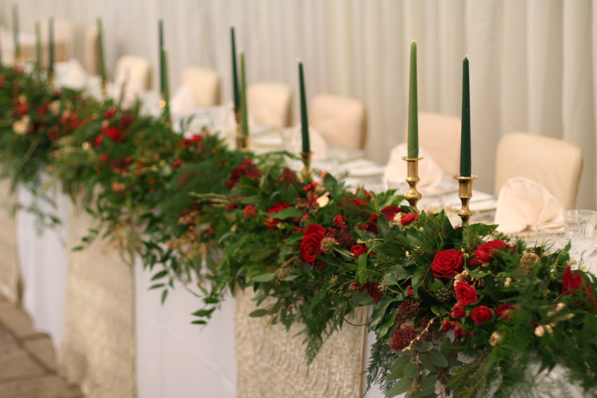 Christmas top table garland