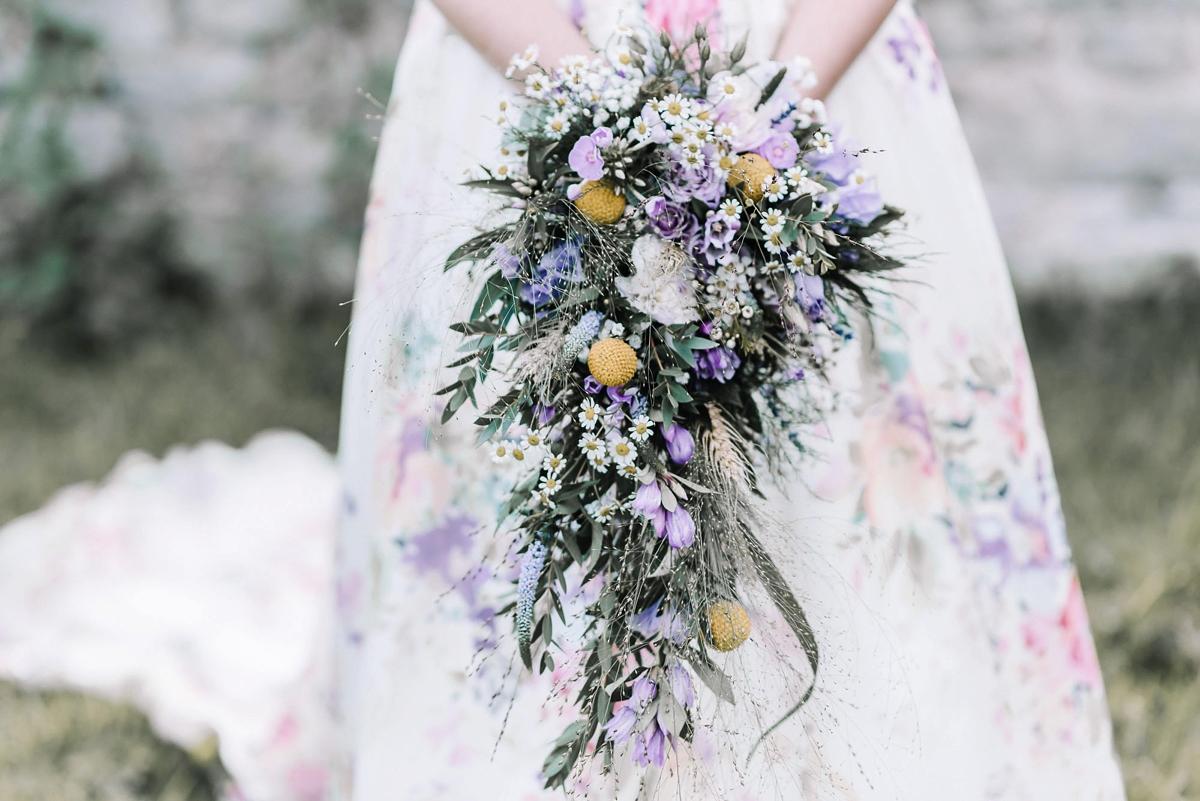 bride bouquet lyde court