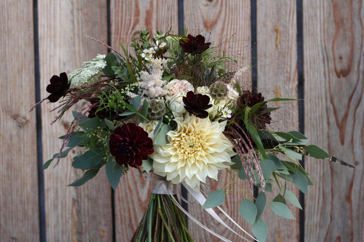 blush pink marsala brides bouquet