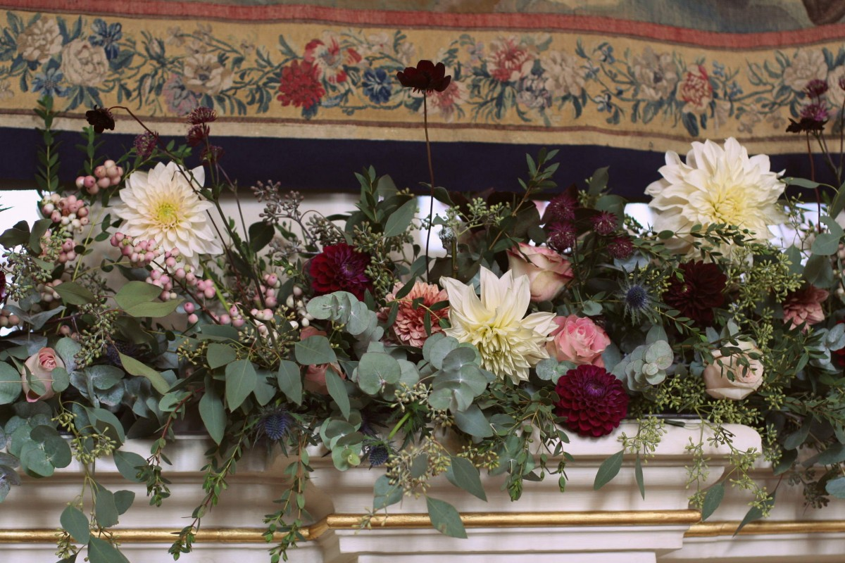 mantle piece garland