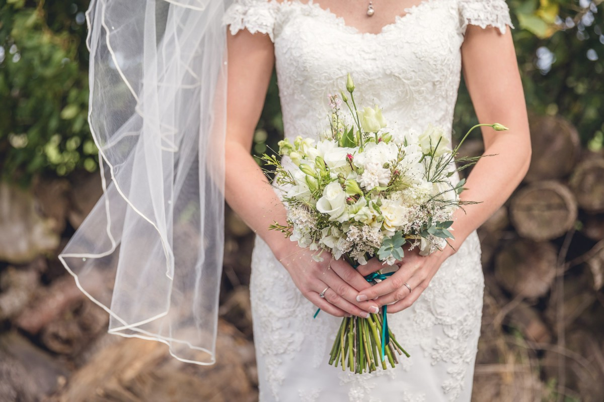 rustic country brides bouquet white summer flowers