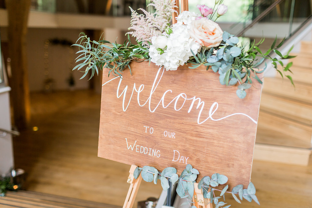 welcome sign by Wedding Creations