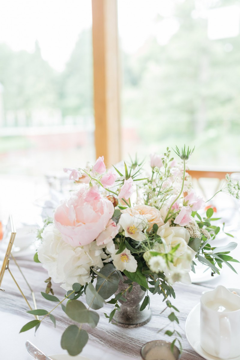 compote table arrangement with peonies
