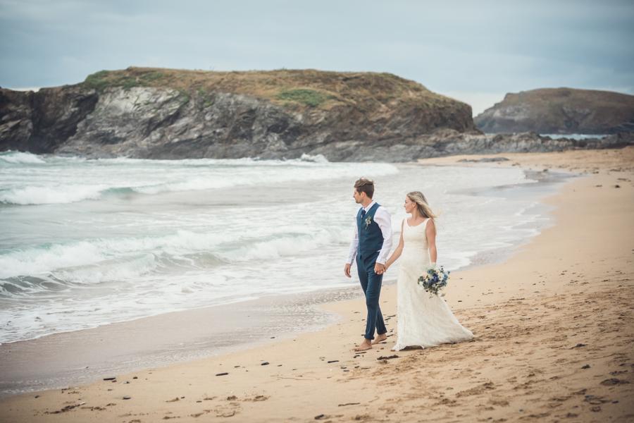 coastal wedding by Jenny Fleur Florist Hannah Buckland Photography