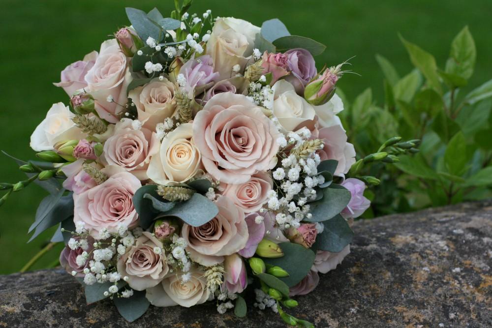 vintage brides bouquet of roses