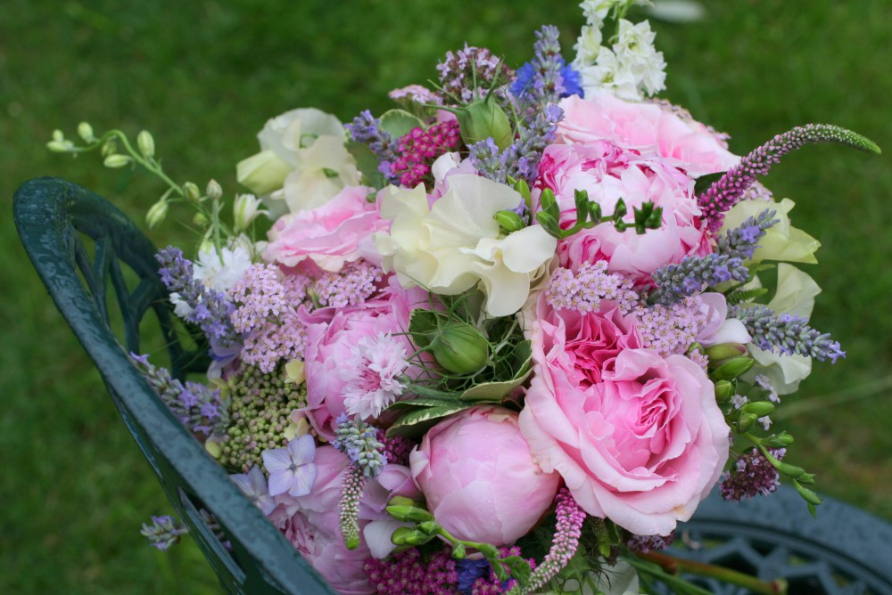 Pink rose and peony brides bouquet